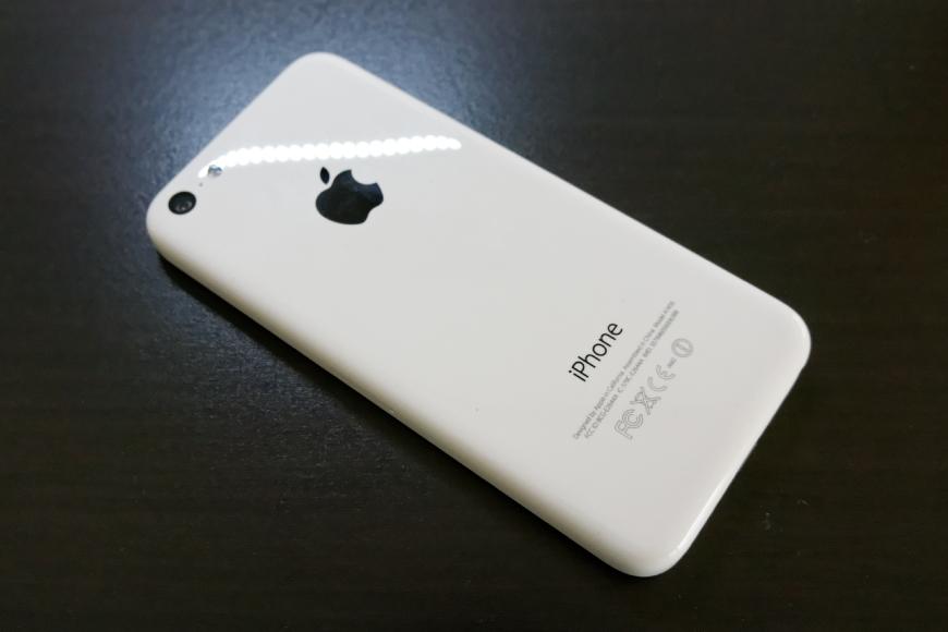 iPhone5c(32GB)一括0円にて購入