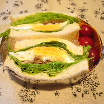 ハンバーグレタス目玉サンドイッチ弁当