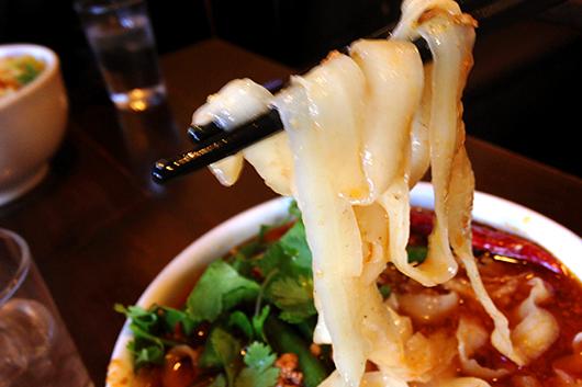 ロボット刀削麺