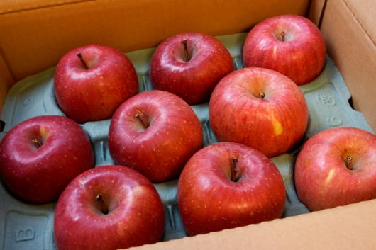 艶っぽいリンゴ