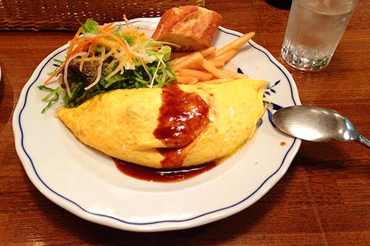 浦和洋食屋柔らかハヤシのお肉オムレツ