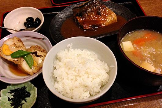 浦和まるしんさばの味噌煮膳
