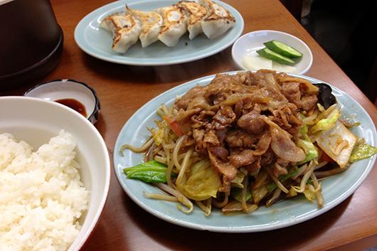 浦和ますや肉野菜炒め