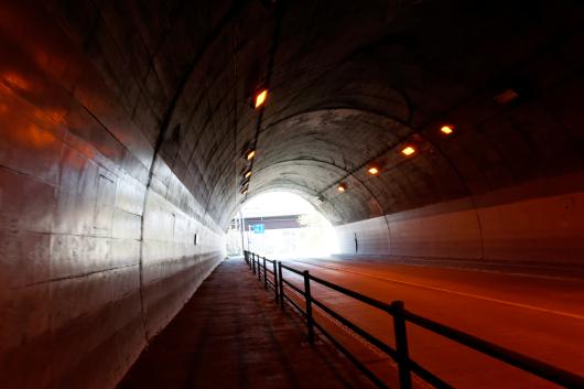 国道254トンネル