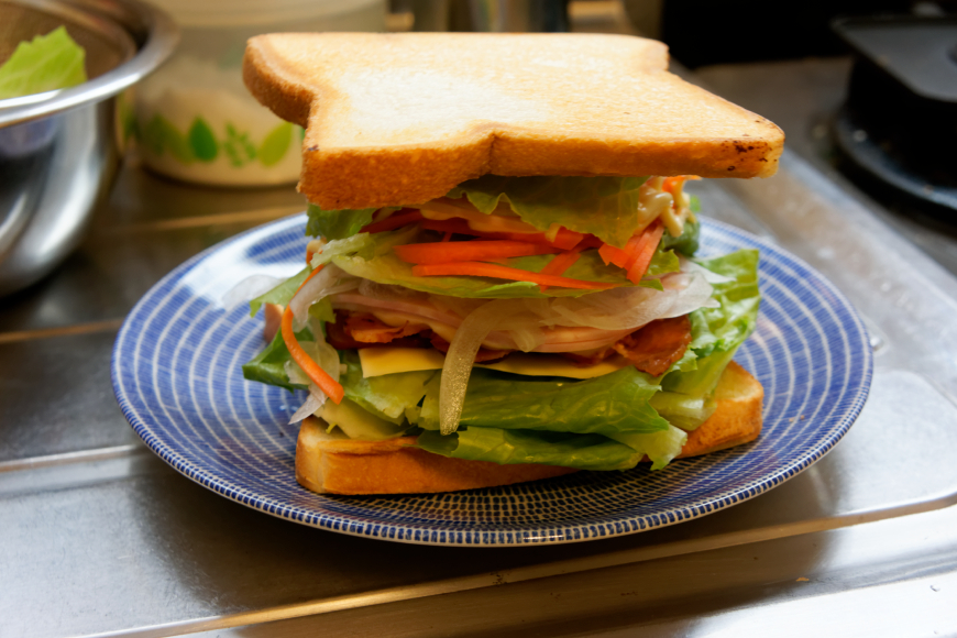 野菜をモリモリ食べるサンド弁当