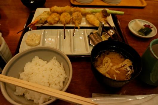 浦和パルコ立吉ごはん味噌汁