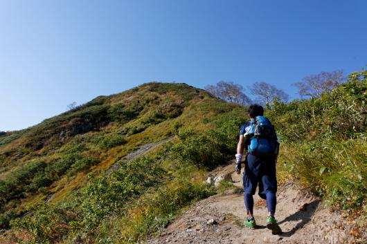 小朝日岳を目指す