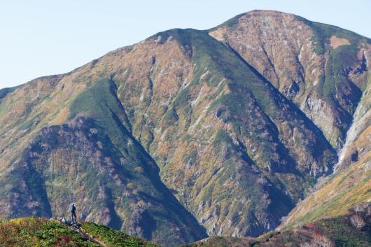 小朝日岳から大朝日岳写真