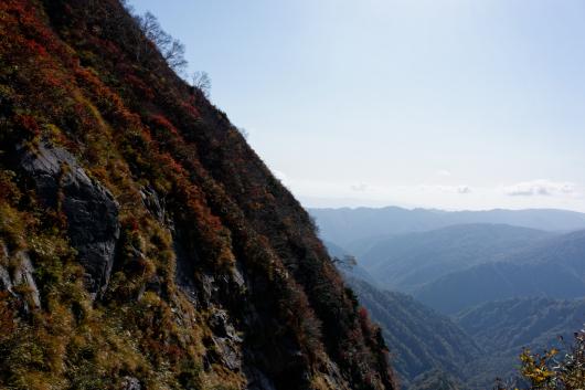 朝日連峰写真崖