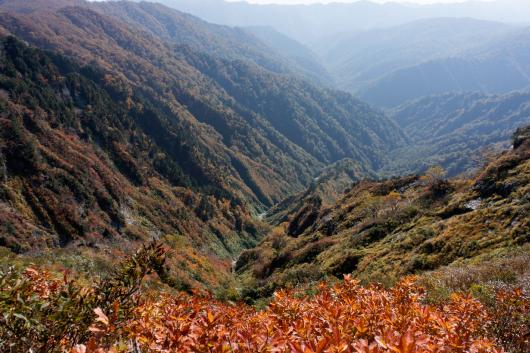 朝日連峰谷